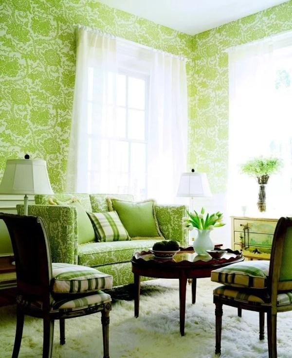 Зеленые обои в гостиной фото интерьеры: Зеленая гостиная ...