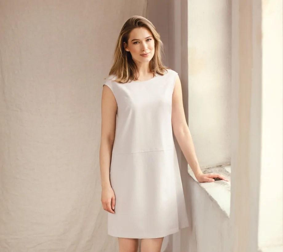 sukienki na lato polska marka Vito Vergelis
