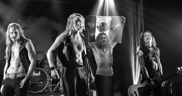 "ENFORCER lanzó su segundo disco en vivo ""Live by Fire II"""