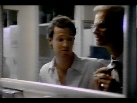 Apple Macintosh – The Rivalry (1987)