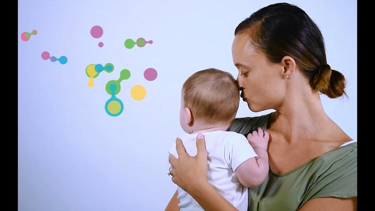 Arriva Mylee, un piccolo sensore che analizza il latte materno a casa