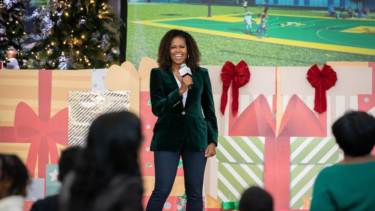 """Michelle Obama pronuncia """"One more thing"""" e la sorpresa è iPad"""