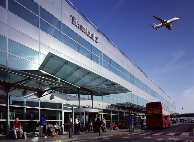21 May 2007, London, England, UK --- Terminal 2 at Heathrow Airport --- Image by © Peter Durant/Arcaid/Corbis