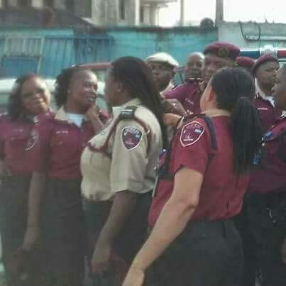 FRSC Commander cut hair in portharcout