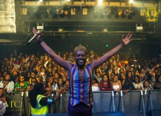Adekunle Gold stuns at London performance - One Night Stand