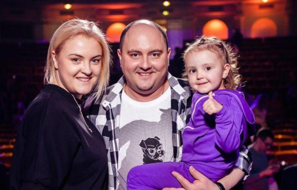 Дочь Юрия Ткача растет его копией