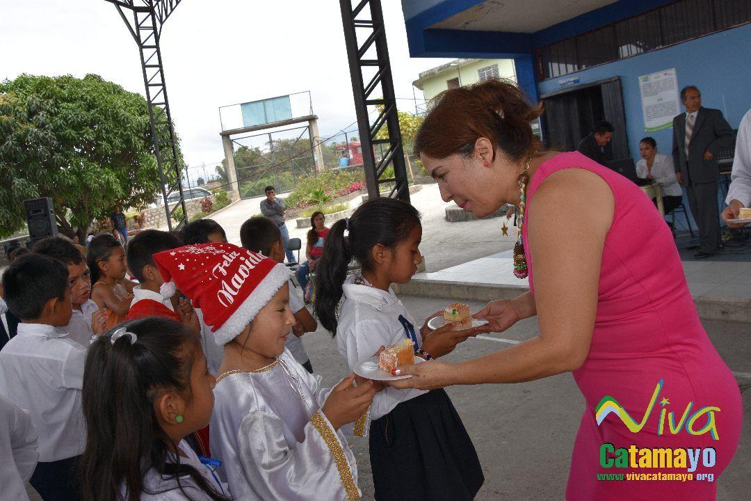 Feliz navidad 2016- Agazajo de Autoridades GADMC (46)