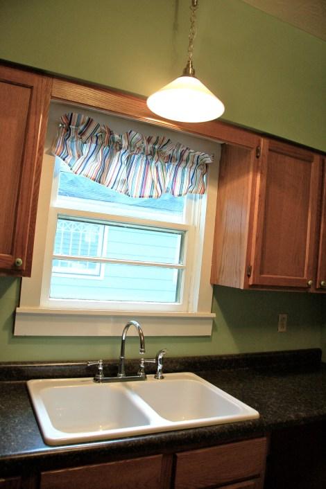 Cottage Kitchen28