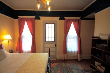 Blog Final Balc Bedroom14