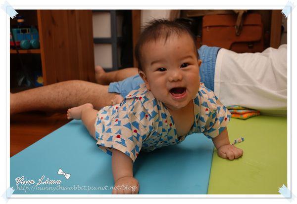 365-49 爬爬爬~Alzipmat寶寶遊戲墊/爬行墊/地墊大推薦!