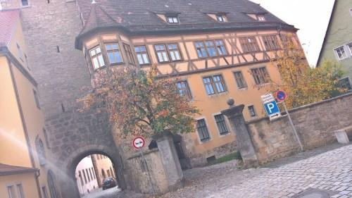 Rabbi-Meir-Gärtchen und Jüdisches Tanzhaus