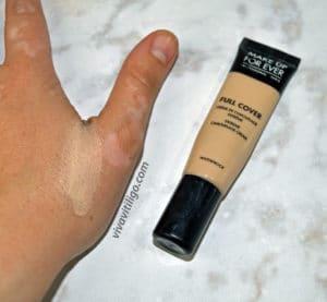 make up forever full cover extreme camouflage waterproof concealer for melasma and vitiligo