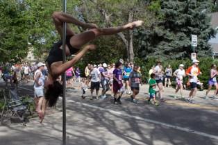 Vivienne's Outside leg hang