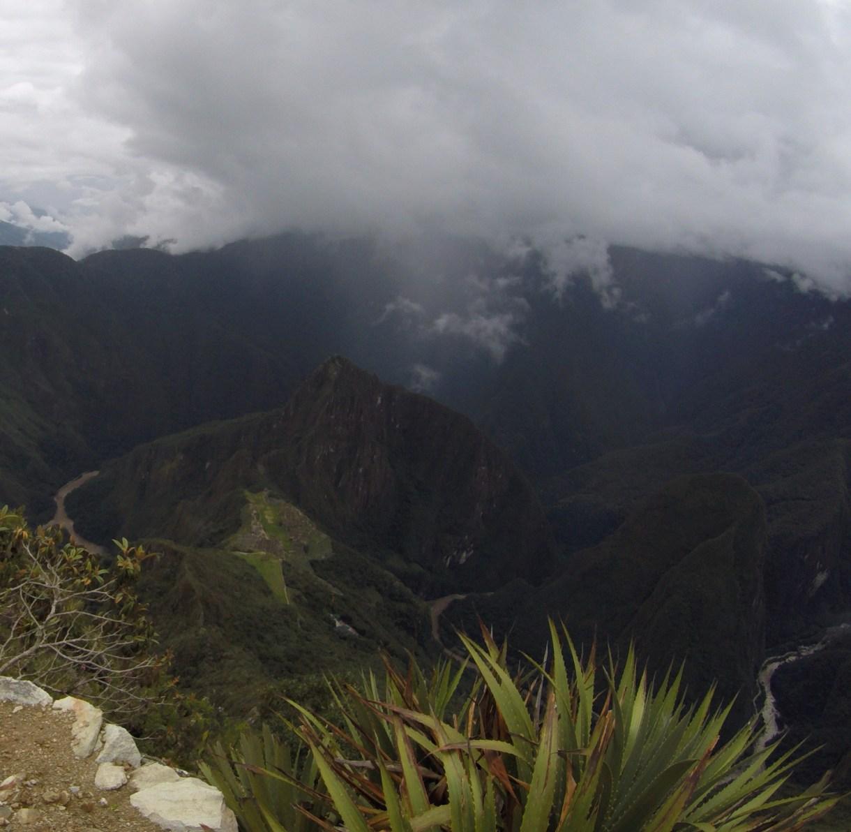 Montana Machu Picchu sobre a cidade sagrada