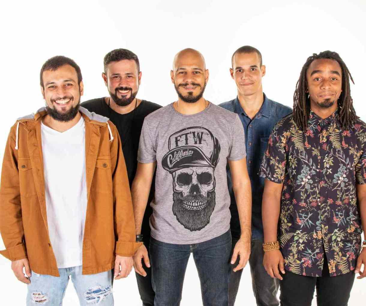 Dois ou Des e o Alternativo Rock Club no Vivente Andante.