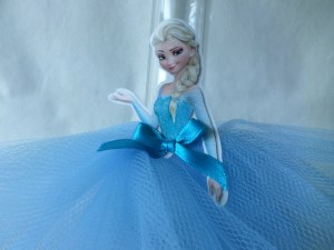 Tubete Elsa com vestido e aplique