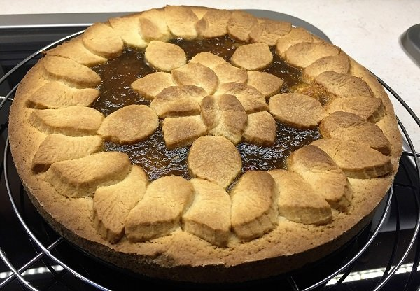 Crostata senza glutine con confettura di fichi e mandorle