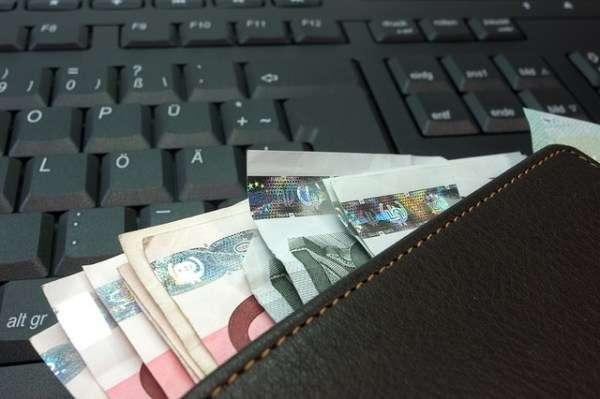 Como trabalhar e ganhar dinheiro na internet