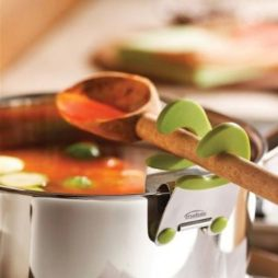 50-Useful-Kitchen-Gadgets-You-Didnt-Know-Existed-pot-clip