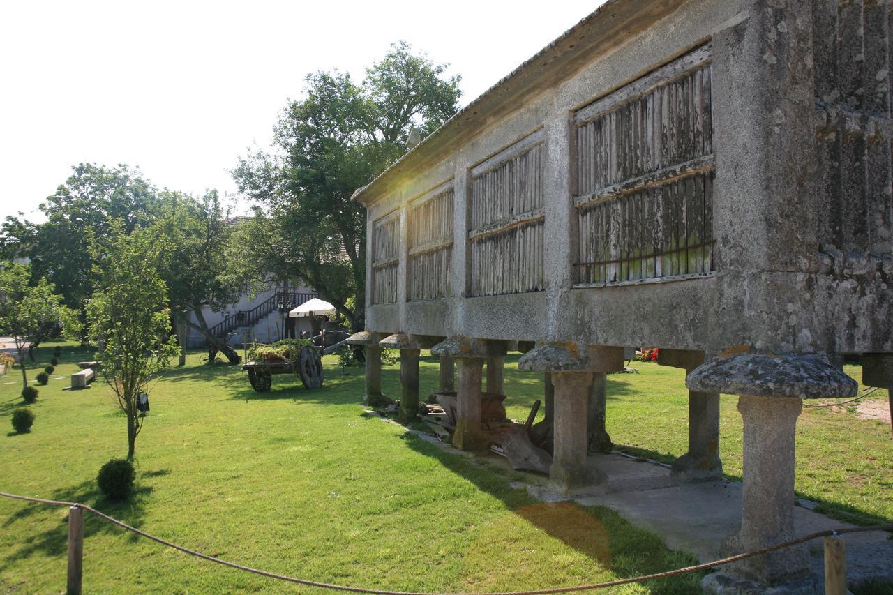Pazo da Escola (Barrio Moreira, 12 - Gondomar)