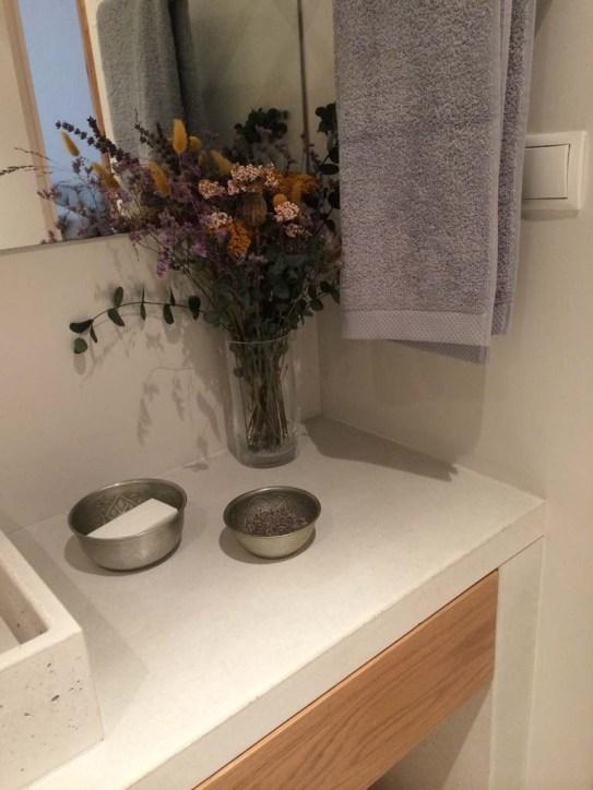 Detalle decoración baño