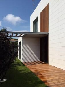Viviendas unifamiliares pisos-obra-nueva-fachada-lateral