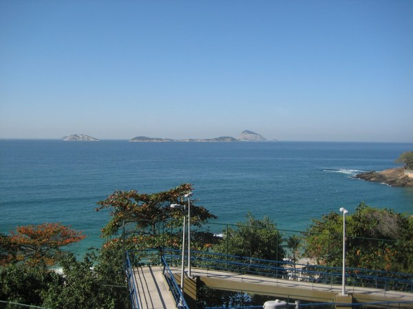 picture from Vidigal stairs