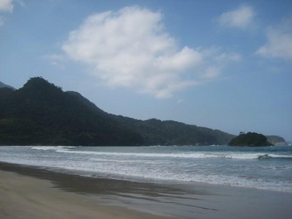 Dois Rios beach