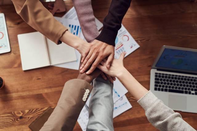 5 acciones para transformarte de jefe a líder y tener un equipo inspirado y efectivo