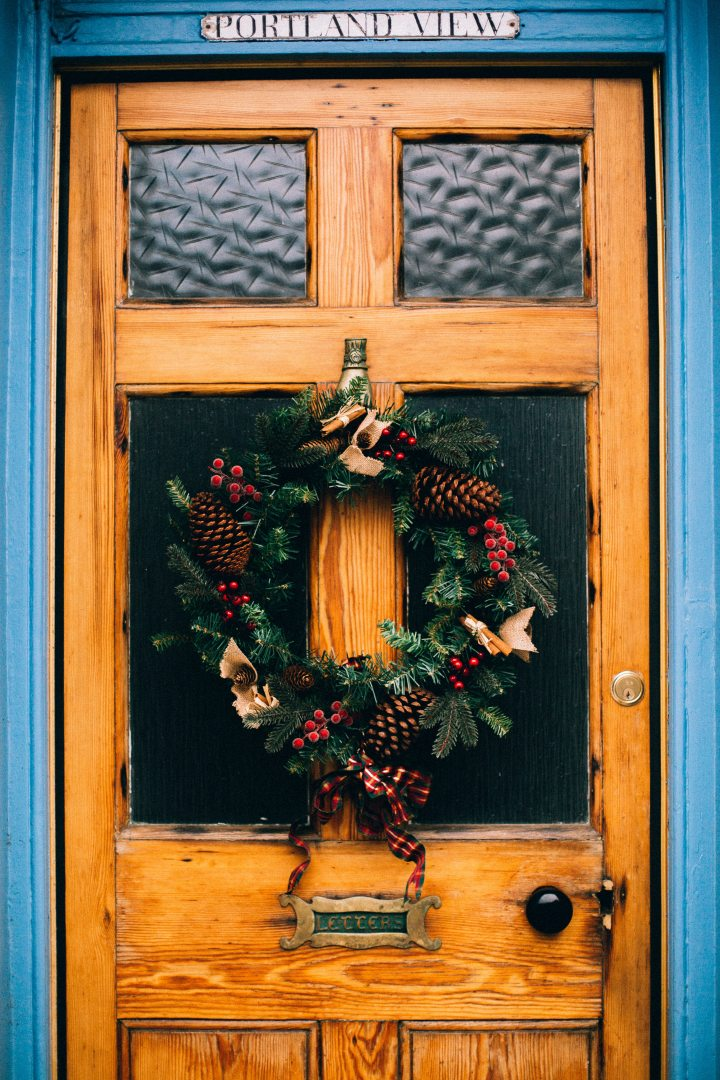 christmas-decoration-door-776935