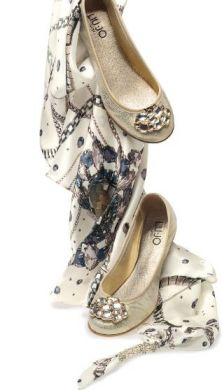 Le scarpe dell'estate 2011: dalla parte delle donne