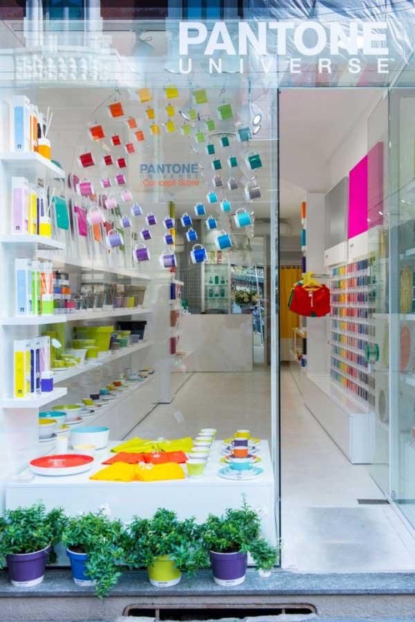 Inaugurato a Milano il primo Concept Store Pantone