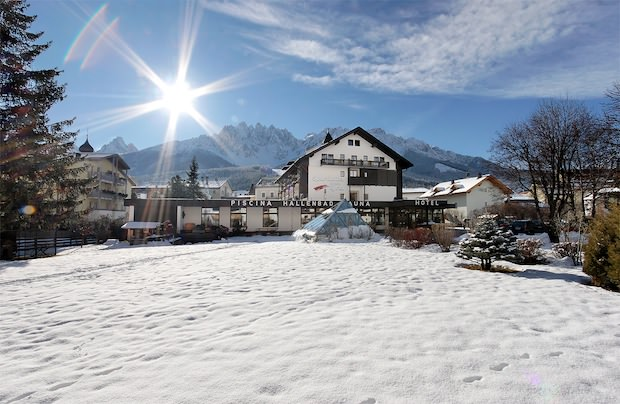 Sporthotel Tyrol & Wellness – hotel di stile a San Candido