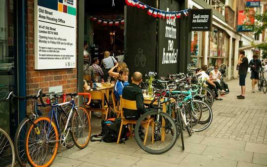 Bike cafè – la moda dei caffè per ciclisti