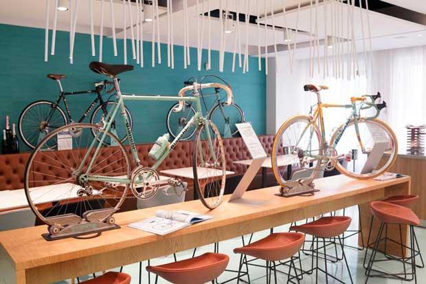 Bike Cafè a Milano – il nuovo Bianchi Cafè & Cycles