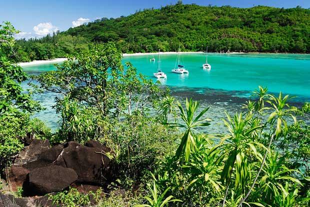 Vacanze in catamarano alle Seychelles con ITA223