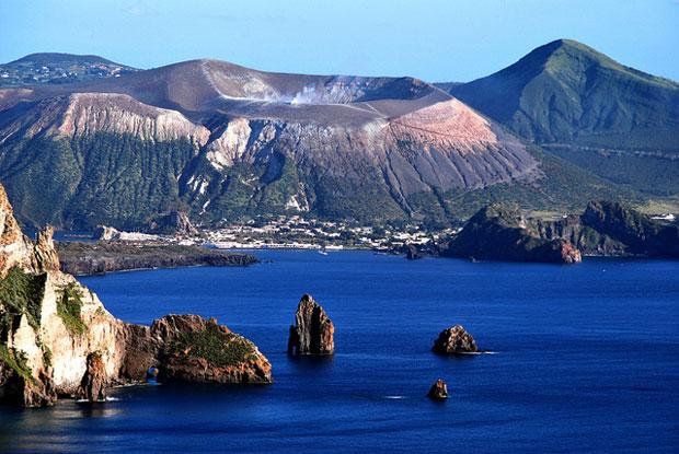 Le spiagge più belle delle isole Eolie