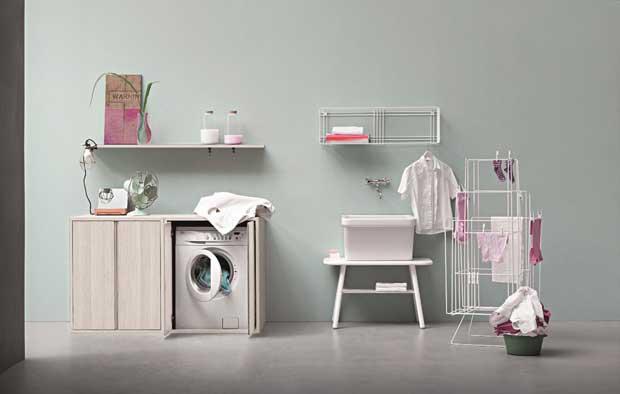 Arredare con stile un piccolo bagno di servizio e la lavanderia
