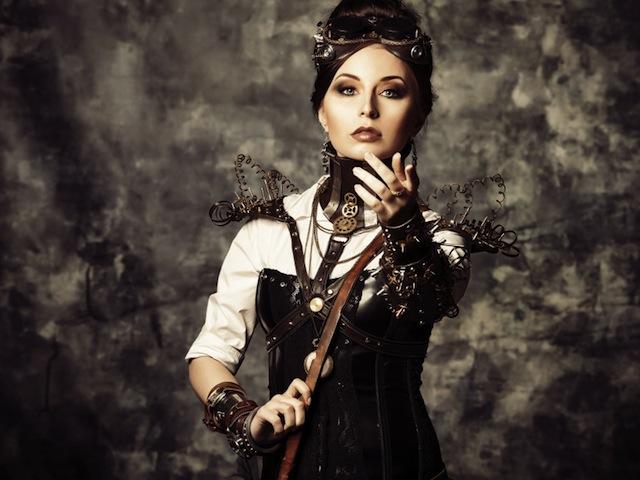 Abiti in stile steampunk: la moda per formose e vitini di vespa
