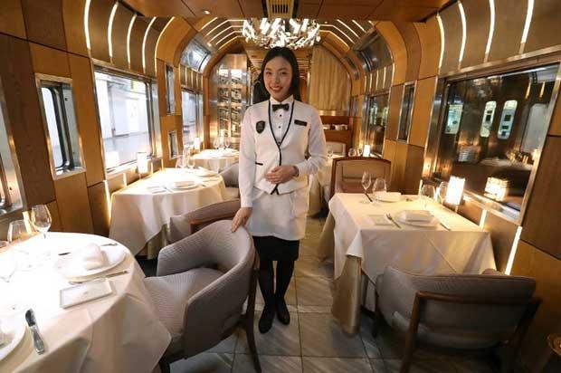 Train Suite Shiki-Shima, il primo treno da crociera super lusso giapponese