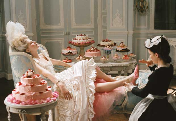 Storia della lingerie – l'underwear da Cleopatra a Kate Moss