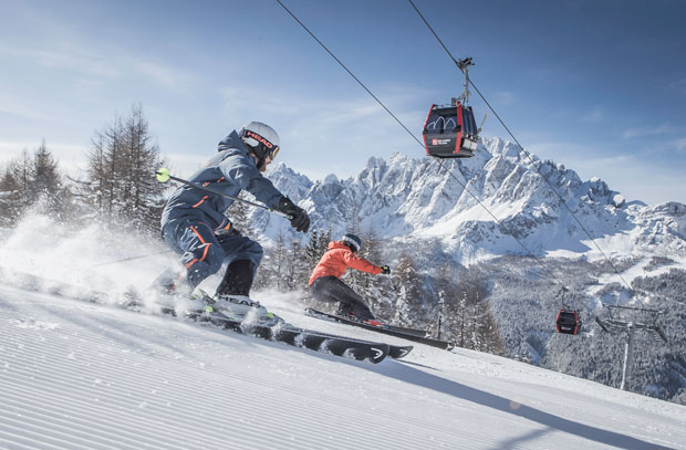 Vacanze invernali in montagna: sci e natura nella Terra delle Tre Cime