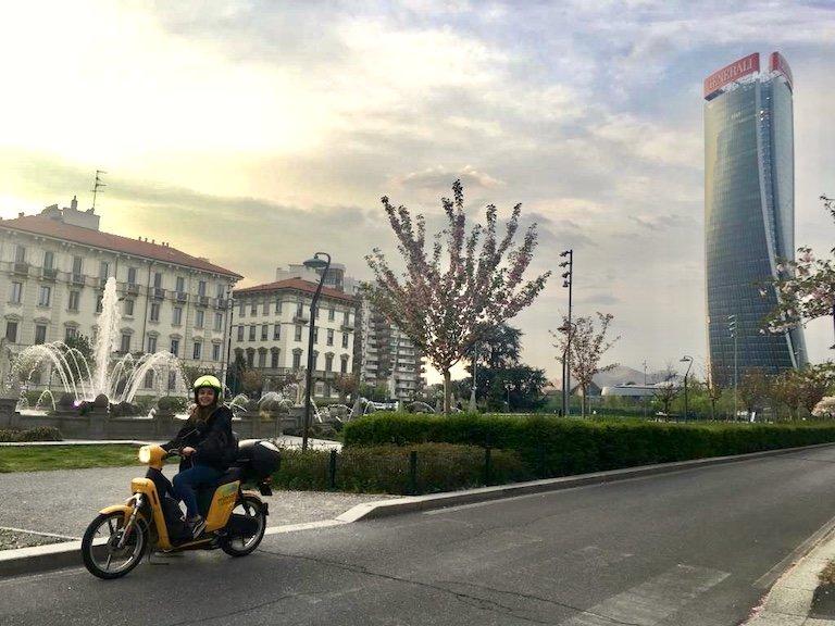 MiMoto, Scooter eSharing a Milano