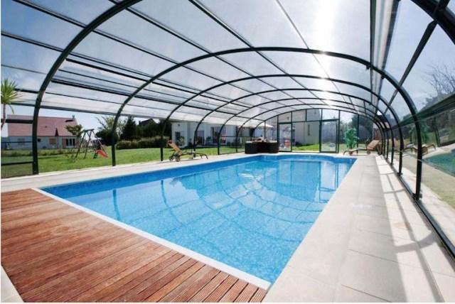 Come organizzare una festa in piscina nel vostro giardino