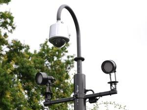 IR-lamps-alongside-a-Samsung-minidome