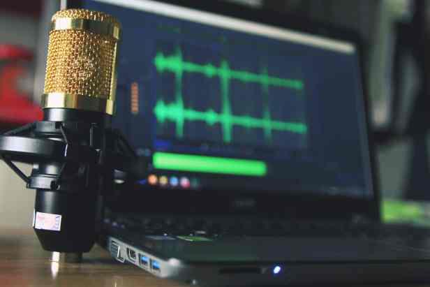 Podcast-Revenue-Ads-min
