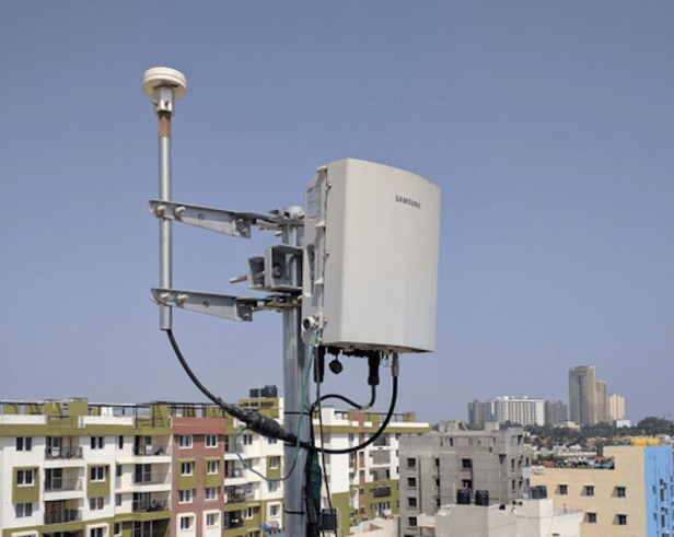 Small-cell-tower.-Courtesy-Wikipedia-Commons