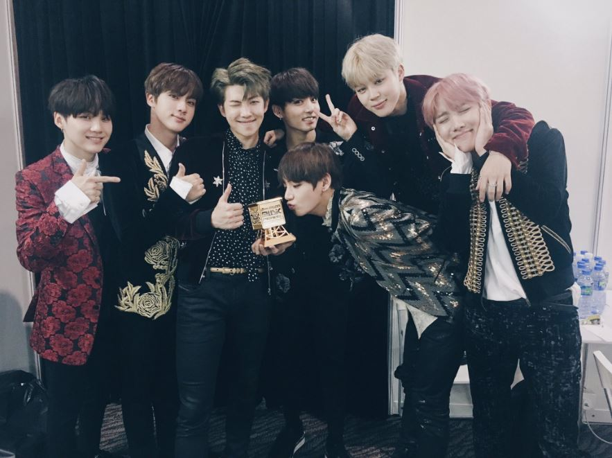bts_mama2016_winningbackstagetweet