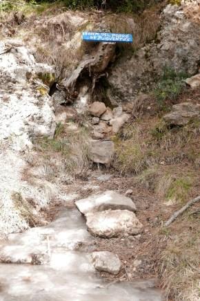 Font del Porrò de Puigventòs hielo