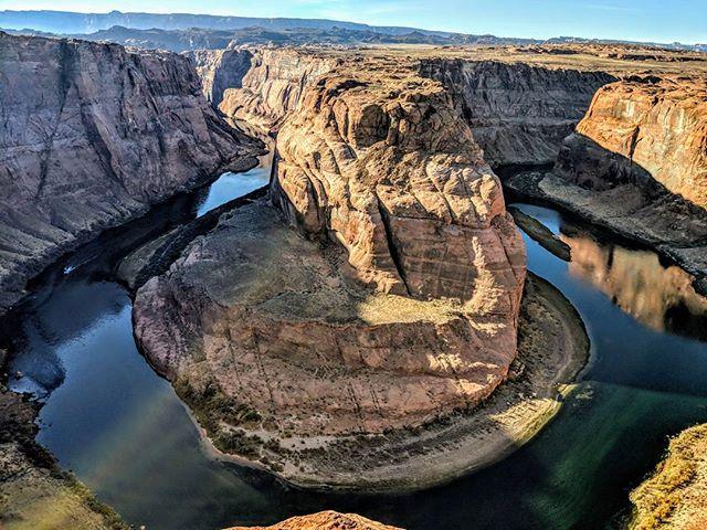 Horseshoe Bend, AZ. Made by the Colorado River as it cuts through the rock.  #horseshoebend #arizona #az #nature #naturephotography #landscapephotography #landscape #travelphotography #travel #picoftheday #pictureoftheday #amateurphotographer #amateurphotography #photographer #photography